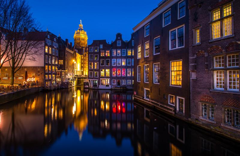 amsterdam-canals3.jpg