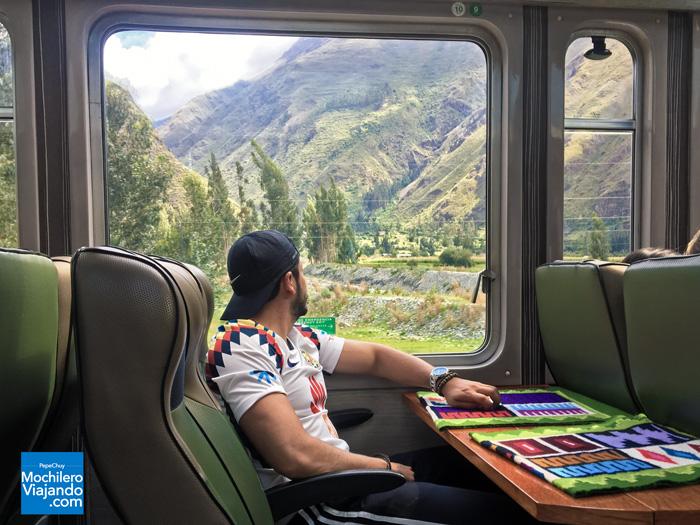 Machu-Picchu-tren-1