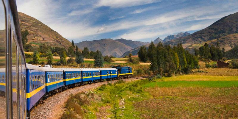 tren machu picchu panorama.jpg